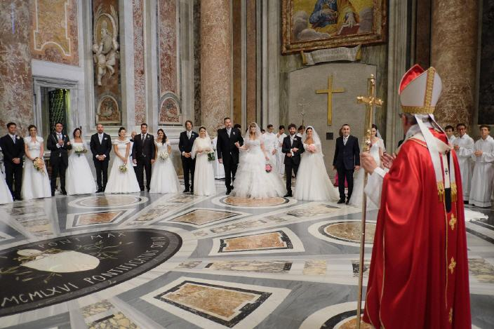 pope-francis-marriage-weddings_720